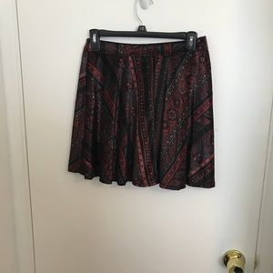 EUC HOLLISTER skirt size Medium